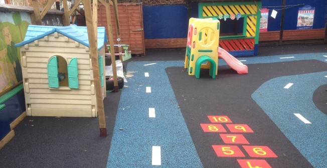Wetpour Graphics in Warwickshire